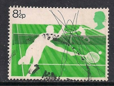 GB 1977 QE2 8 1/2p Racket Sports Used Stamp SG 1022.( A858 )