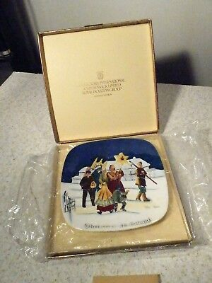 Royal Doulton Beswick Christmas Around The World Plate Christmas In Poland