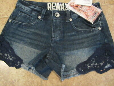 BETSEY JOHNSON WOMEN/'S CUT-OFF LACE PATTERN DENIM SHORTS MID-RISE IND /'0/' MSRP78