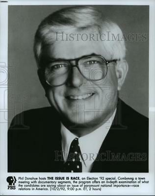 1992 Press Photo Television Host Phil Donahue - spp64126