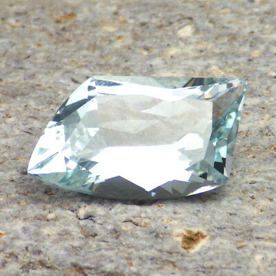 UNTREATED BLUE TOPAZ-NAMIBIA 8.44Ct FLAWLESS-PASTEL BLUE-FREE FORM CUT-VIDEO!