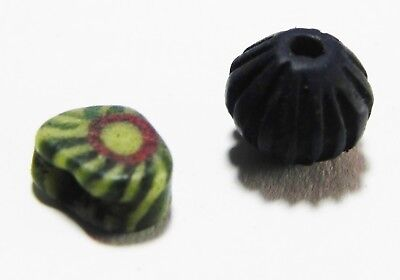 Zurqieh - As6028- Ancient Egypt, Lot Of 2 Glass Beads, One New Kingdom.
