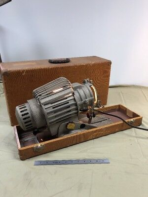 GOLDE ALL PURPOSE PROJECTOR FB-182 Working With Case