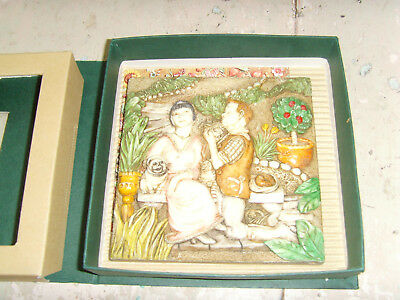 Picturesque Byron's Secret Garden Love' Labours tile figurines magnet Premiere