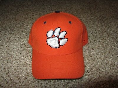 new styles 51b58 6e18e NEW NWT Clemson Tigers NCAA Football Hat 7 3 8 Zephy Blue White Retro Orange
