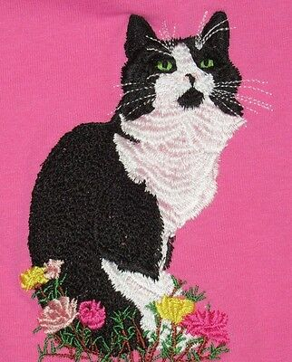 Embroidered Long-Sleeved T-Shirt - Black & White Tuxedo Cat I1056