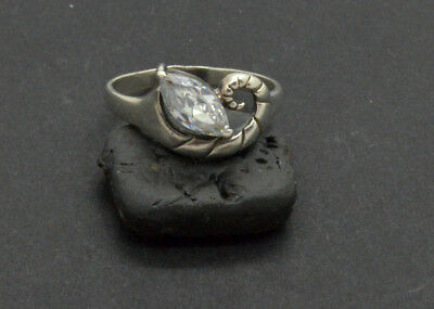Antiquarian Silver Ring with rock-crystal gemstone. 20 Century. 3gr