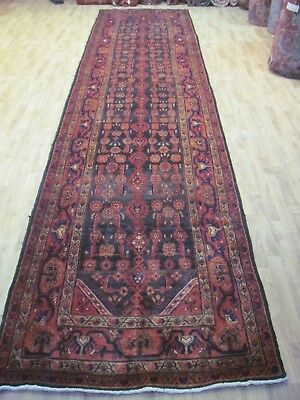 A WONDERFUL OLD HANDMADE MESHKIN AZERBAIJAN PERSIAN RUNNER (520 x 120 cm)