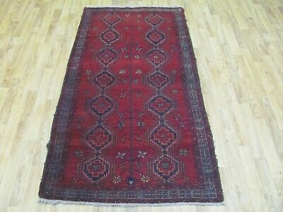 A SUPERB OLD HANDMADE BALUCH PERSIAN RUG (75 x 90 cm)
