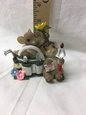 "Charming Tails ""We've Got it Growin' On"" 2010 Membership Figurine DEAN GRIFF"