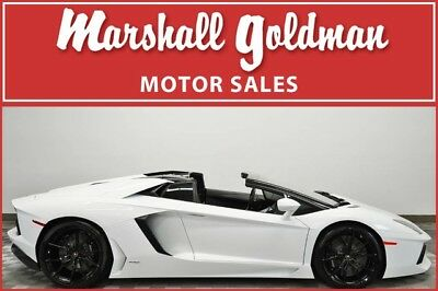 2016 Lamborghini Aventador  2016 Lamborghini Aventador Lp700 roadster White only 5800 miles