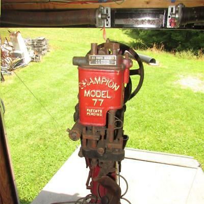 Vintage CHAMPION Model 77 Boot/Shoe Leather Sole Stitcher Sewing Machine