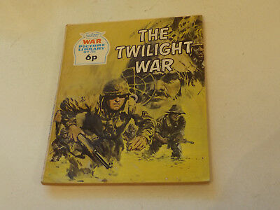 WAR PICTURE LIBRARY NO 784!,dated 1972!,GOOD for age,great 46!YEAR OLD issue.