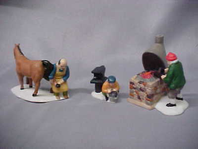 Dept 56 ACCESSORY Dickens Village BLACKSMITH  W HORSE Set of 3  RETIRED
