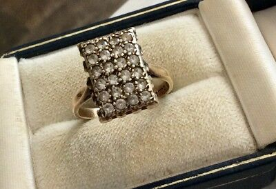 Beautiful Ladies Early Vintage Solid Heavy 9CT Gold White Stone Cluster Ring