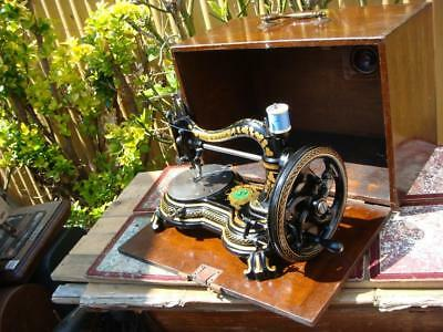 Old Vintage Antique Victorian Royal Hand Crank Singer Sewing Machine *See Video*