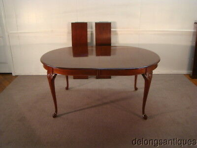 49124:Colonial Furniture Solid Cherry Queen Anne Style Dining Table w/ 2 Leaves