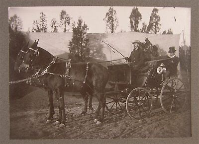 1910s WILLIAM F BUFFALO BILL CODY CABINET CARD PHOTO ON WILD WEST SHOW GROUNDS