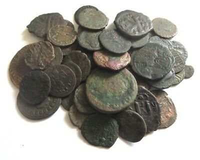 A lot of 50 mostly ancient roman coins