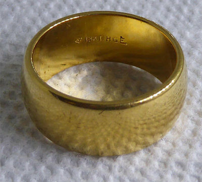 """Signed Vargas Wide Gold Band Ring 18K HGE Great Travel Ring! Size 7.75 1/3"""" Wide"""