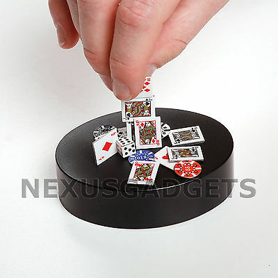 Office Desk MAGNETIC POKER SCULPTURE Chips Cards Dice Executive Art Building Toy