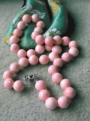 COLLIER DE VERITABLE CORAIL ROSE, PERLES DE 12 mm