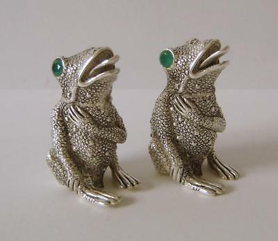 A Pair Of Fine Quality Heavy Solid Silver Frog Salt & Pepper Pots 114 Grams