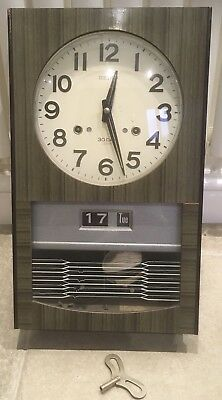 Vintage (1960?) Seiko Wall Clock with Calender