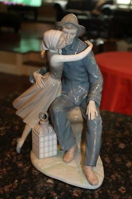 "Stunning Large Lladro 4888 The Kiss 13"" Porcelain Figurine Retired 1983"