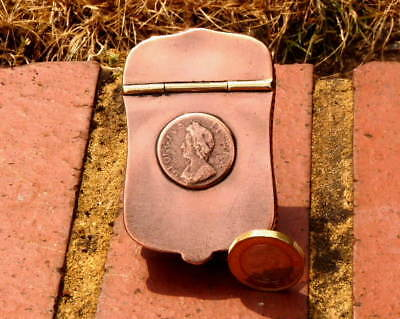 GENTLEMAN'S COPPER POCKET SNUFF BOX with GEORGIAN COIN on LID