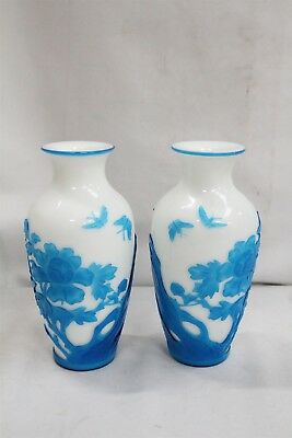 2 Vintage Chinese Blue White Butterflies Flower Branches Rock Peking Glass Vases