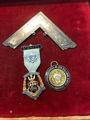 Masonic Medals / Jewels