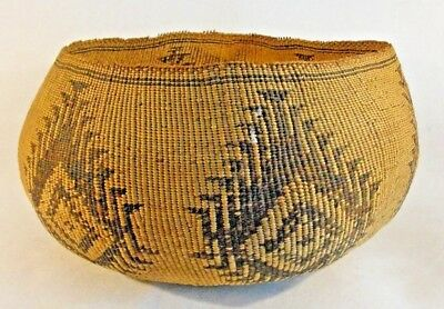 Antique late 19th Century Early 20th Americn Indian Geometrical Designs Basket