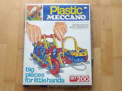 Plastic Meccano Set 200 Baukasten Constuction Kit 70er Jahre