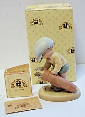 MEMORIES OF YESTERDAY PORCELAIN FIGURINE Give It Your Best..... 1990 ENESCO NEW