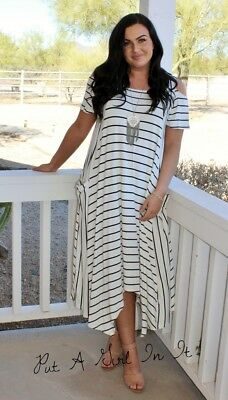 PLUS SIZE BLACK And White Striped Cold Shoulder Maxi Dress Pockets ...