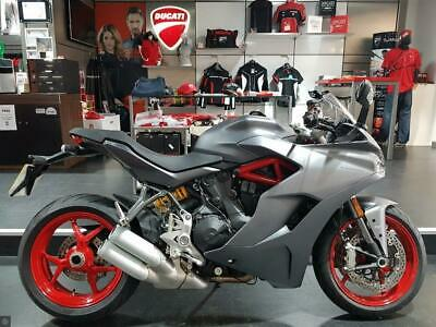 Ducati Supersport Free Akrapovic Exhaust! Or Panniers