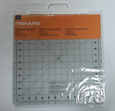 "Fiskars 14"" x 14"" Rotating Cutting Mat"