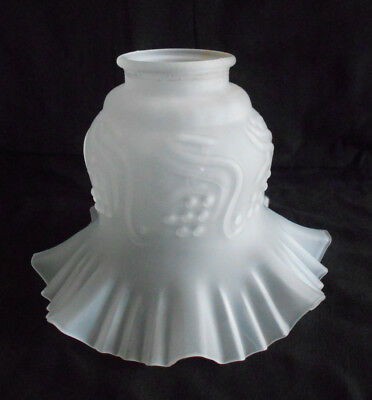 """VINTAGE RUFFLED FROSTED GLASS TULIP LAMP SHADE 2/"""" FITTER"""