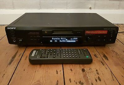 sony minidisc deck mds-je530 PLAYER/RECORDER. With remote