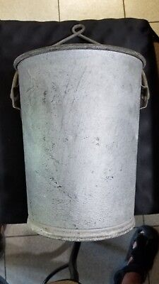 Vintage Galvanized Metal Well Bucket #10 w/ Handle 2.5 gal 11 in high 9 in wide