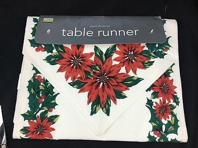 NEW Martha Stewart Everyday Poiensettia & Holly Classic Christmas Table Runner