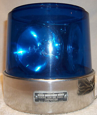 Vintage Federal Signal Model 44 Revolving Blue Beacon Ray Emergency Light