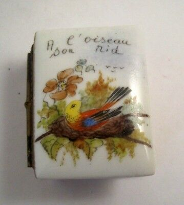 Vintage SIGNED BOOK BOX LIMOGES TRINKET A L'OISEAU SON NID BIRDS NEST PEINT MAIN
