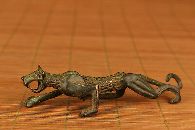 Chinese Old Bronze Handmade Carved Leopard Statue Ornament Collectable