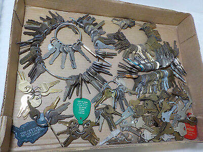 Large Lot Vintage Keys 5 Pounds Steampunk * Car * House * Padlock * Rings