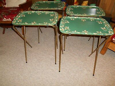VINTAGE CAL DAK TV TRAYS SET OF 4 GREEN WITH FLOWERS 1950's or early 60's