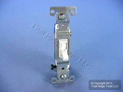 Cooper White Framed Toggle Wall Light Switch Single Pole 15A 120V Bulk 1301-7W