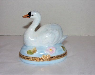 Limoges France Swan In Water Trinket Box Peint Main