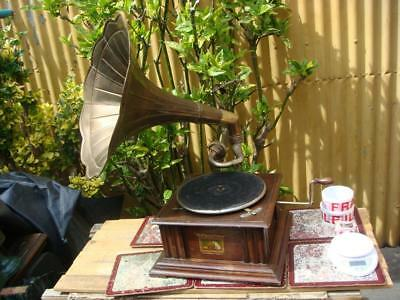 HMV HIS MASTER'S VOICE Horn Phonograph Gramophone + Sound Box  See Video